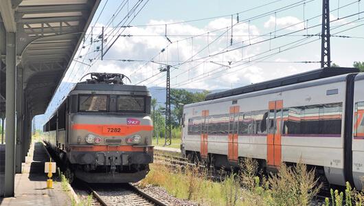 Stop à la suppression des trains et des gares de proximité !